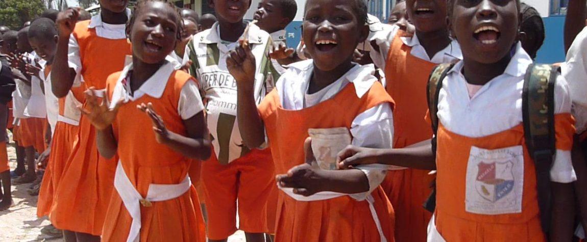 Door uw en onze hulp kunnen deze kinderen veilig naar school